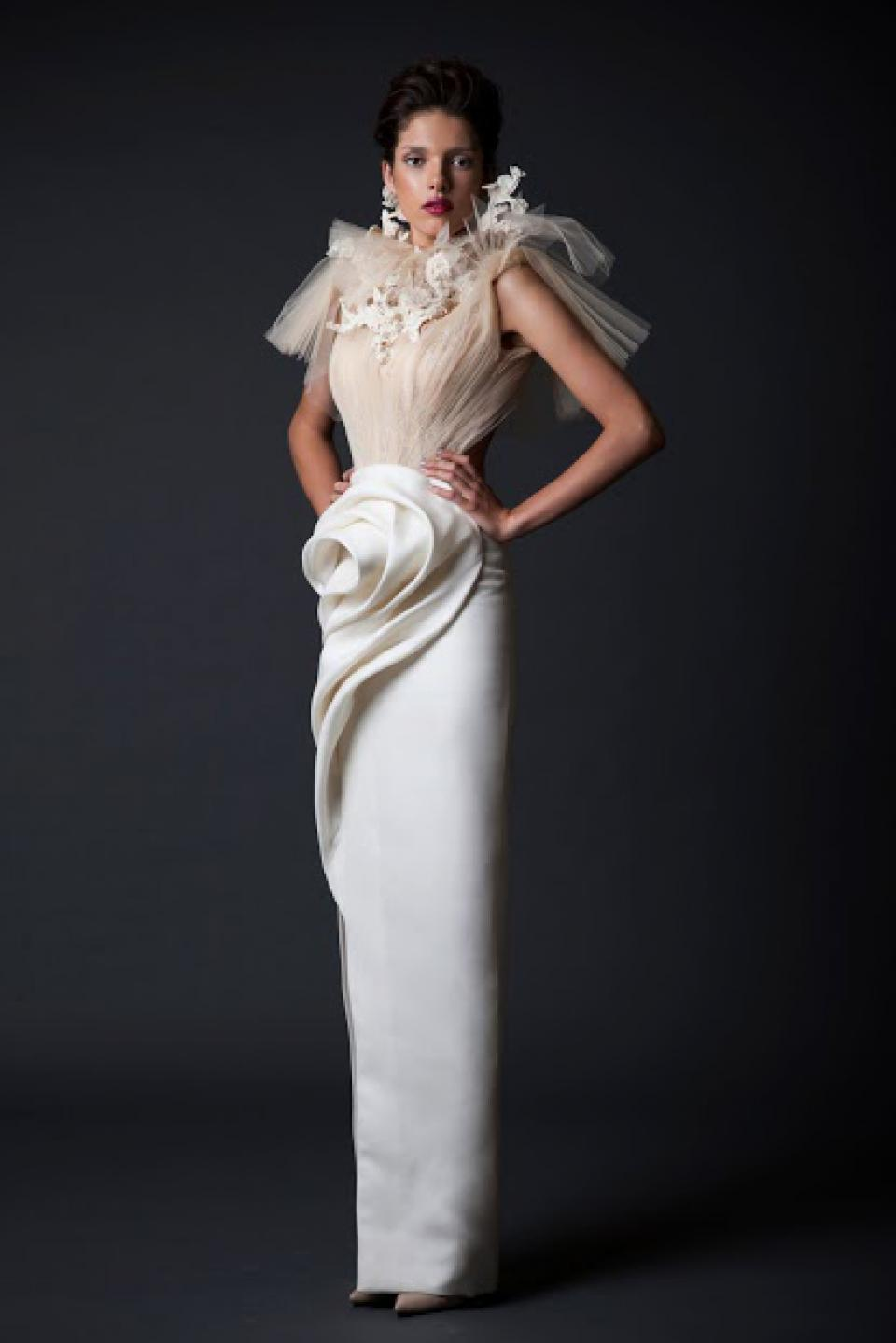 Krikor jabotian tzuri gueta for Average wedding dress cost 2016