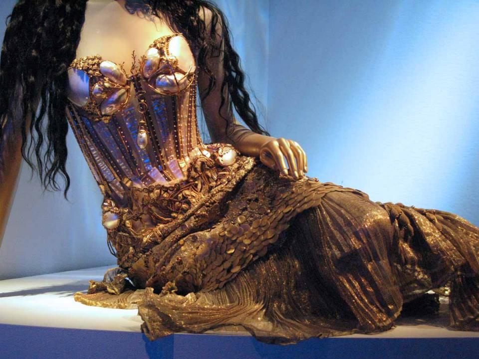 exposition-jean-paul-gaultier-3